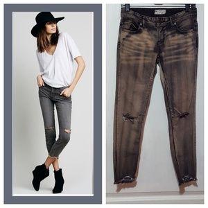 Free People destroyed ankle skinny Jeans Sz:W25